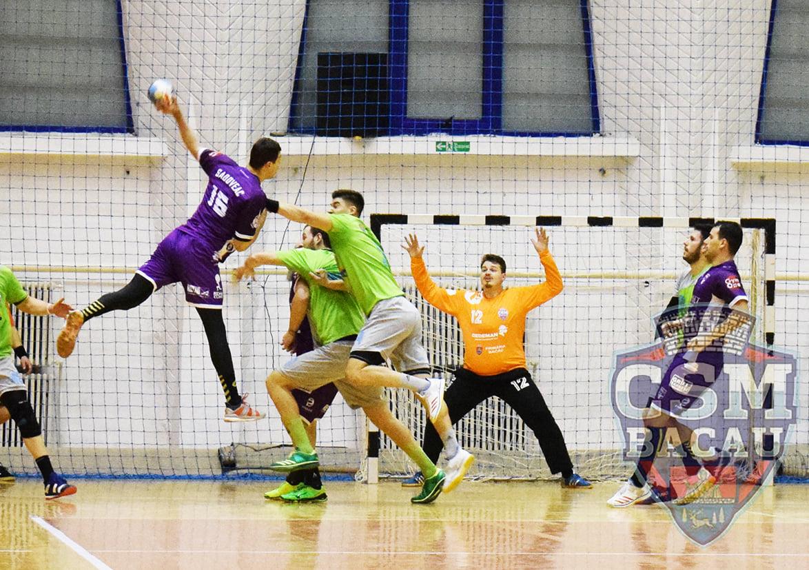 Handbal - CSM Bacău – Poli Timişoara 30-26 (14-14)